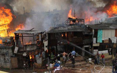 Por que as favelas de São Paulo queimam?